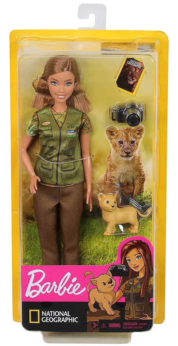 Mattel presenta Barbie Doll, fotoperiodista